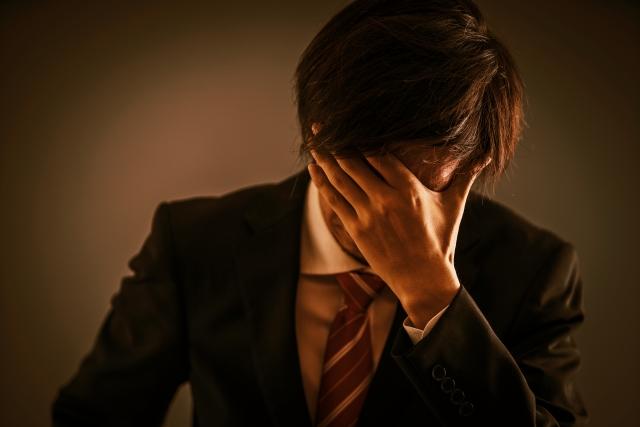 訴状を無視すると借金はどうなる?